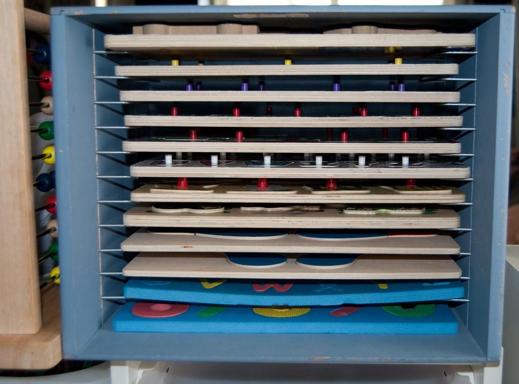 wooden puzzle rack